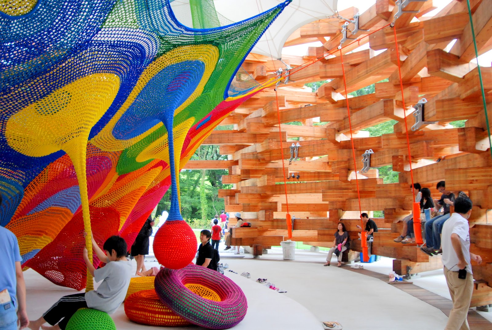 air-de-jeux-tezuka-architecture-kanagawa-woods-of-net-toshiko-horiuchi-macadam-0