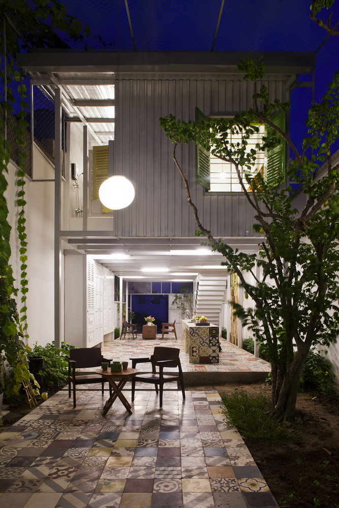 maxi-maison-mini-budget-architecture-le-nid-the-nest-by-a21studio-vietnam