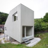 la-mini-maison-architekturburo-scheder-sur-pilotis-8