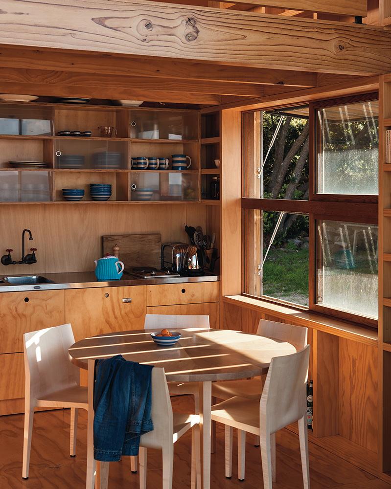 une petite une maison de vacances n o z landaise la mini. Black Bedroom Furniture Sets. Home Design Ideas