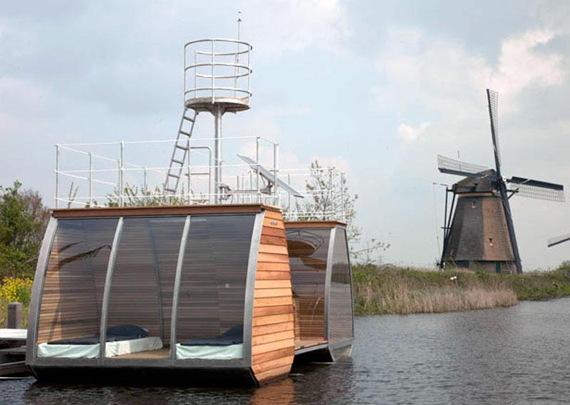 dormir-nuit-sur-un-bateau-flottant-free-floating-by-marijn-beije