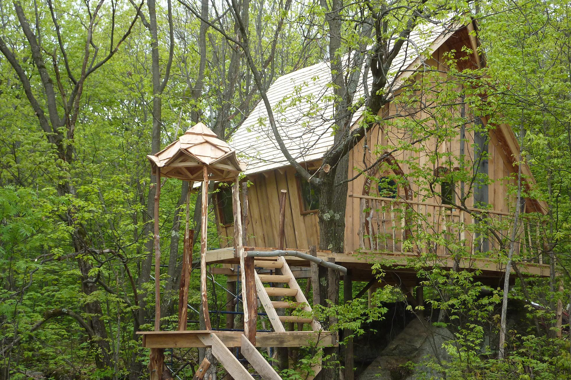la-maison-elfe-hobbit-feerie-habitats-insolite-0