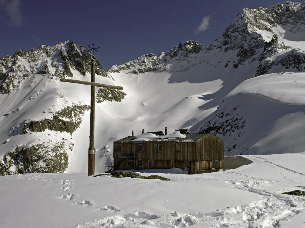 cabane-saleinaz-montagne-widmer-montmollin-0