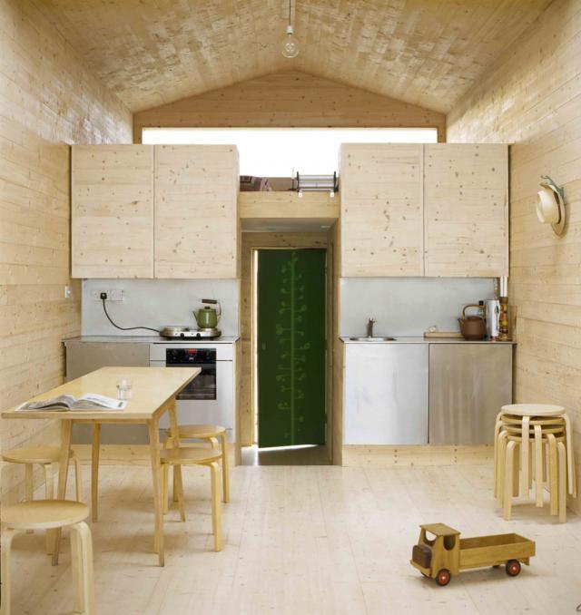 la-mini-maison-cabane-de-plage-beach-chalet-de-studiomama-4