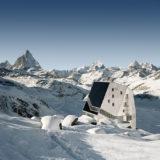 la-mini-maison-la-cabane-mont-rose-refuge-durable-alpes-10