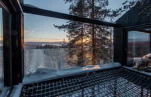 the-7th-room-treehotel-cabane-perchee-dans-les-arbres-par-snohetta-11