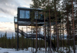 the-7th-room-treehotel-cabane-perchee-dans-les-arbres-par-snohetta-9