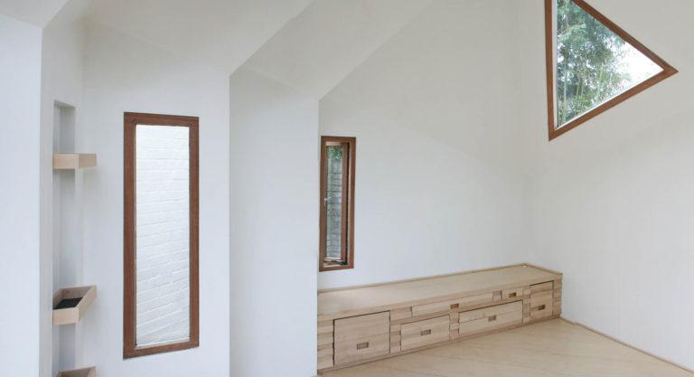 maison-ermite-autonome-durable-daniel-venneman-mark-van-der-net-HermitHouses.nl29-768x417