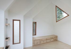 maison-ermite-autonome-durable-daniel-venneman-mark-van-der-net-elly_f