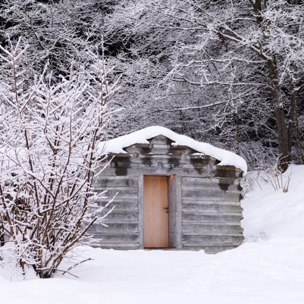 une maison pr fabriqu e cologique en bois la mini. Black Bedroom Furniture Sets. Home Design Ideas