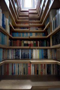 maximiser-lespace-installer-bibliotheque-escalier-Escalier de bibliothèque Levitate Architects Londres 2008
