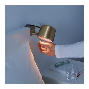 varv mini lampe ikea saccroche a tete de lit 4 la mini. Black Bedroom Furniture Sets. Home Design Ideas