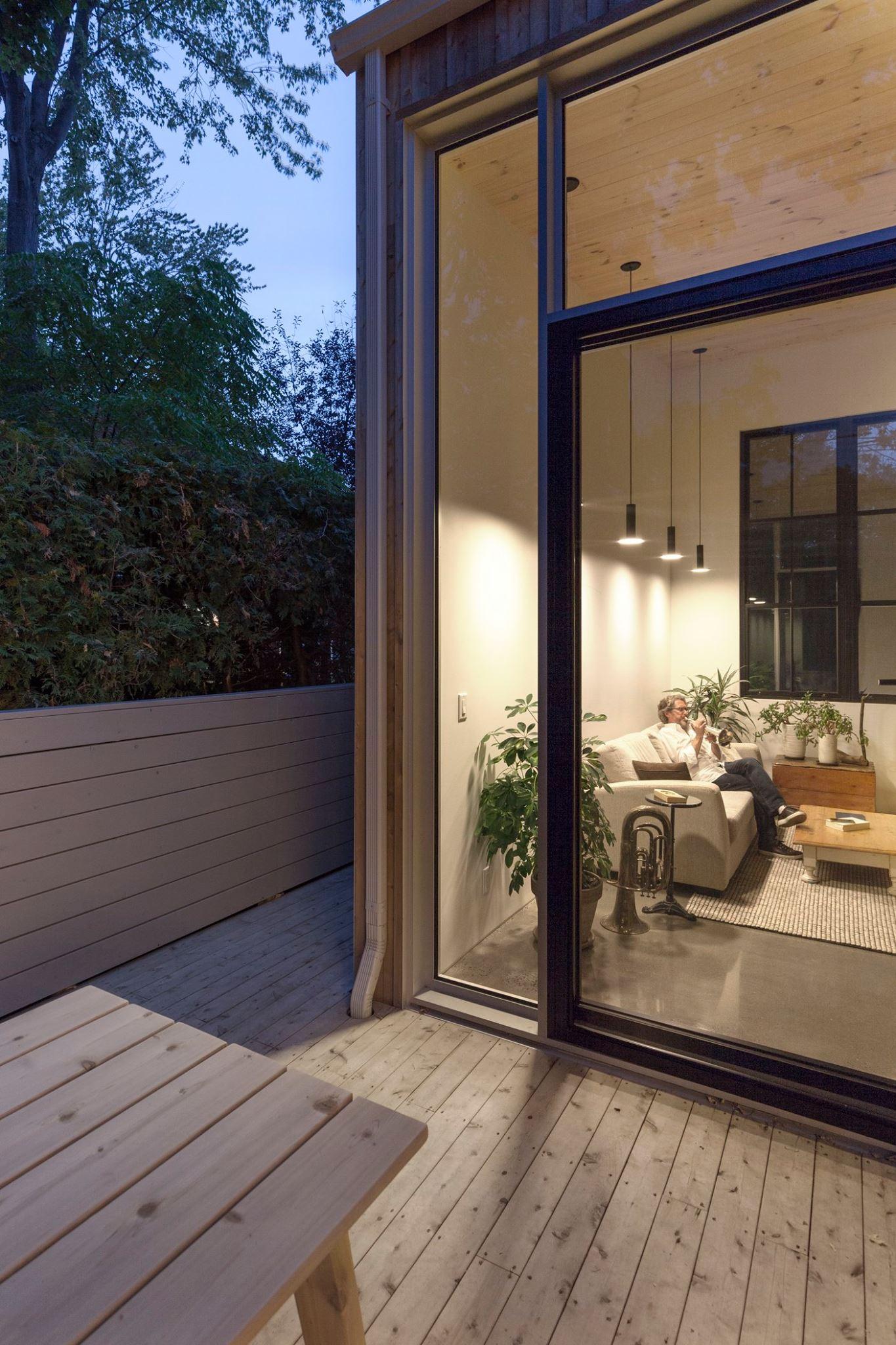 vendre sa maison et demenager dans plus petit jean luc gagnon et sa conjointe marie helene. Black Bedroom Furniture Sets. Home Design Ideas