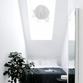 petit-espace-comment-agrandir-visuellement-une-piece-Ajoutez des miroirs