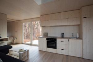 ark-shelter-une-minuscule-maison-prefabriquee-1