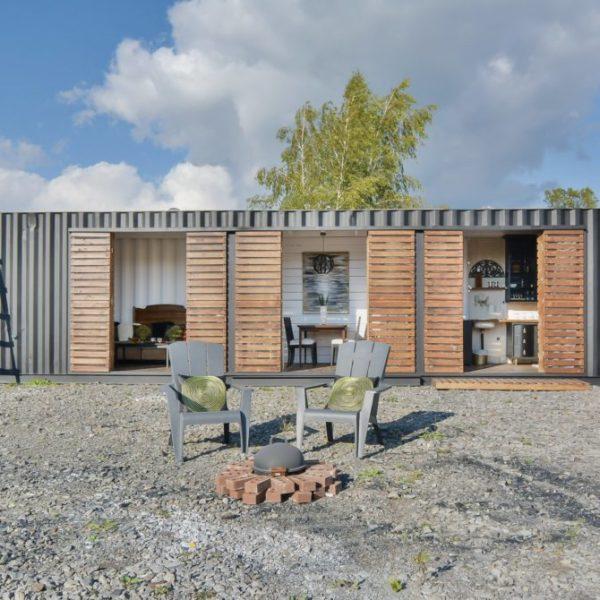 un petit appartement de 22 m2 la mini. Black Bedroom Furniture Sets. Home Design Ideas