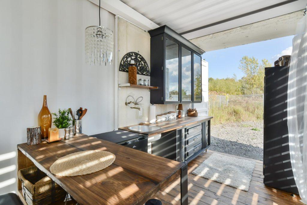 maison conteneur a vendre interesting de conteneurs sur mesure with maison conteneur a vendre. Black Bedroom Furniture Sets. Home Design Ideas