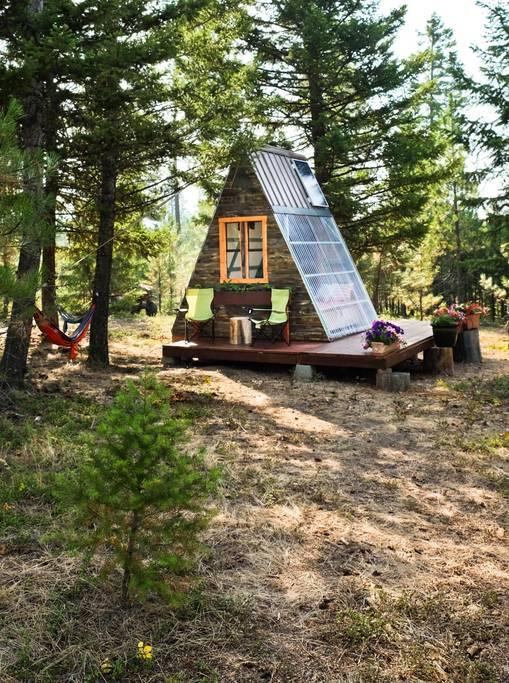 ils-construisent-cette-petite-cabane-de-reve-pour-pas-cher-1